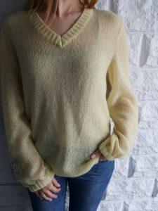 свитер мохеровый
